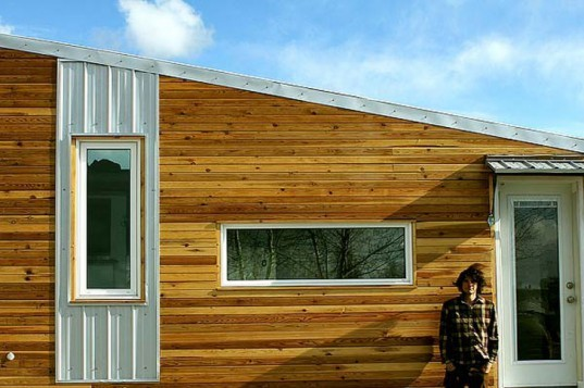 leaf house, laird herbert, tiny home, cabin, energy efficient, yukon, cold, mobile