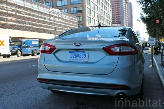Ford, Ford Fusion, Ford Fusion Hybrid, Ford Fusion Energi, Ford hybrid, green car, green transportation, lithium-ion battery, hybrid car
