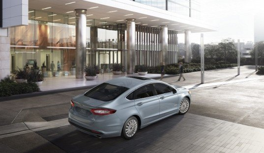 Ford, Ford Fusion, Ford Hybrid, Ford Fusion Hybrid, Ford Fusion Energi, Ford EcoBoost, green car, green transportation, hybrid car, plug-in hybrid car