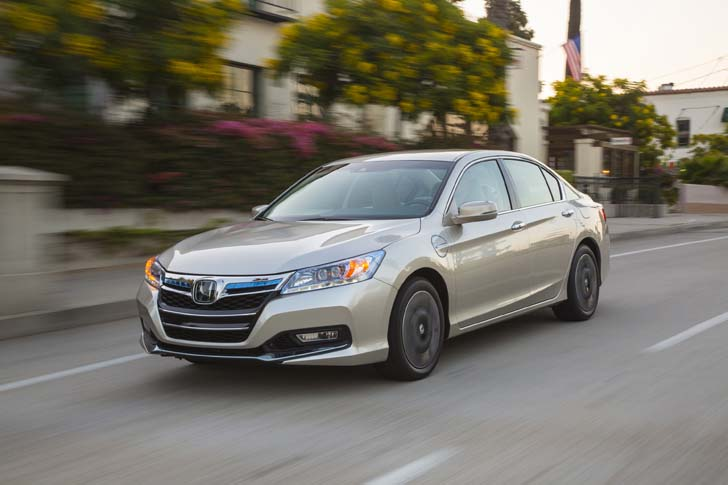 2017 Honda Accord Plug In Hybrid Can Travel Up To 15 Miles Electric Mode