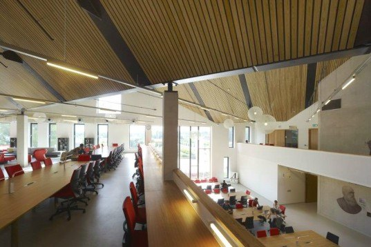 Amsterdam University College, Mecanoo Architecten, amsterdam, eco university, green roof, energy efficient design