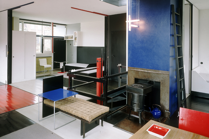 1920 39 s rietveld schr der house in utrecht is a simple elegant and completely transformable home. Black Bedroom Furniture Sets. Home Design Ideas