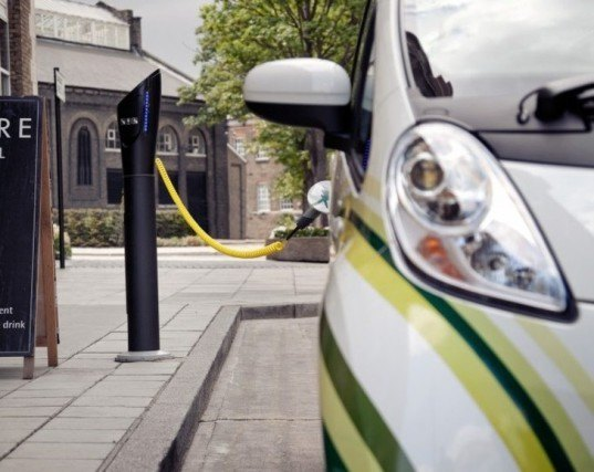 United Kingdom, POD point, Electric Vehicles, sustainable design, green design, electric vehicle charging, ev charger, Charging points, infrastructure, green car, electric car, london