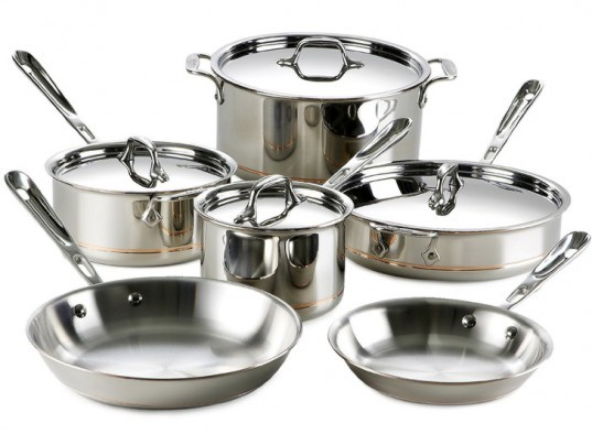 All Clad Aluminum Pots and Pans, all clad, Ways to Green Your Kitchen, green your kitchen, go green in your kitchen, green kitchen tips, how to go green in your kitchen, green tips, green home tips, eco kitchen, green kitchen, eco kitchen tips, save energy in your kitchen