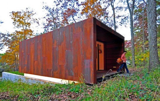 Johnsen Schmaling Architects, Wisconsin, weathering steel, Corten, locally-sourced materials, daylighting, woods, vernacular architecture, midwest, country western, composer, studio, green design, sustainable design, eco-design