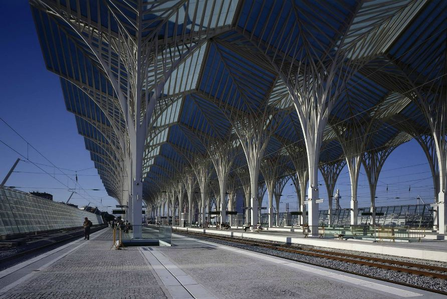 Santiago Calatrava's Gorgeous Oriente Station is Topped ... | 892 x 597 jpeg 132kB