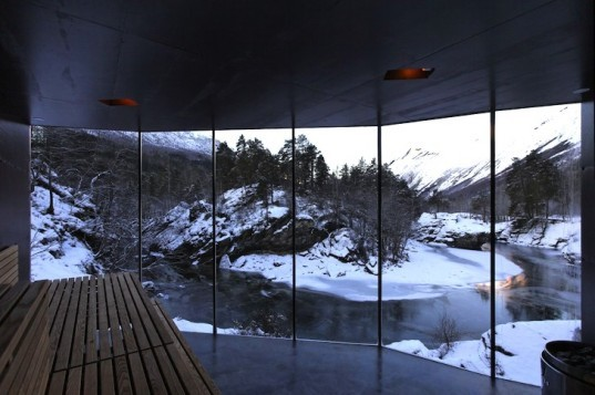 River Sauna, Norway, Juvet Landscape Hotel, Minimalist, subterranean, earth-covered, green design, sustainable design, eco-design, Jensen & Skodvin, natural materials, small footprint,