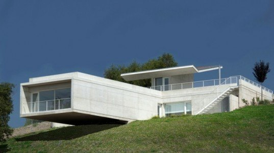 roberto ercilla, dwelling in etura, eco design, gree architecture, sustainable design, energy efficiency, energy reduction, spain architecture