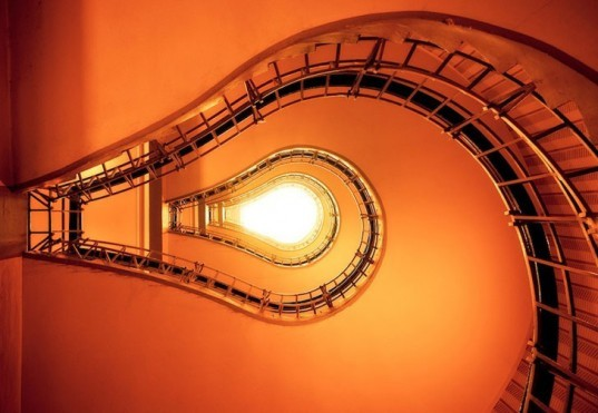 Light Bulb Staircase, staircase, stairs, sustainable design, green design, green building, green architecture, sustainable architecture, eco stairs, stair porn, innovative staircases, imaginative staircases, multifunctional staircases, recycled staircase