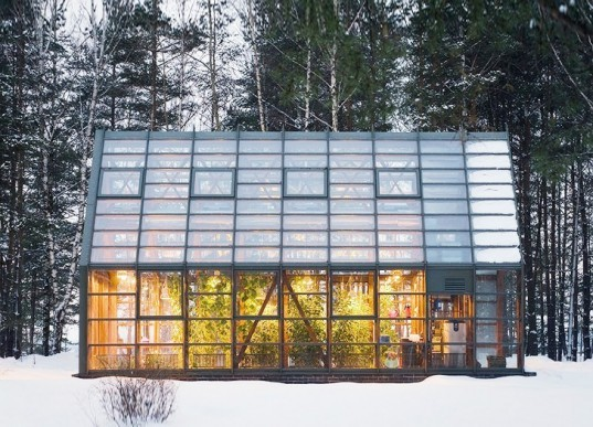 Pirogovo Greenhouse, Totan Kuzembaev Architects, Pirogovo Resort, greenhouses, organic food, wood building, Russian architecture, phyto lamps, glass houses