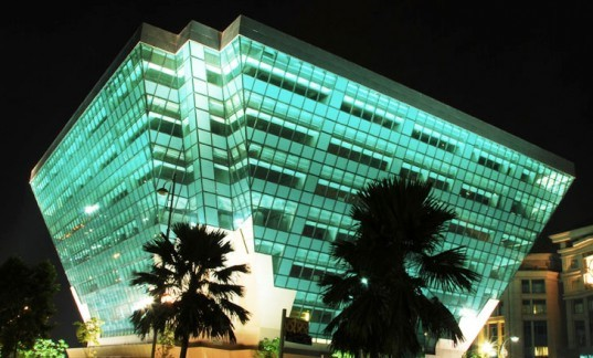 Malaysia S Stunning Green Diamond Building Wins Southeast