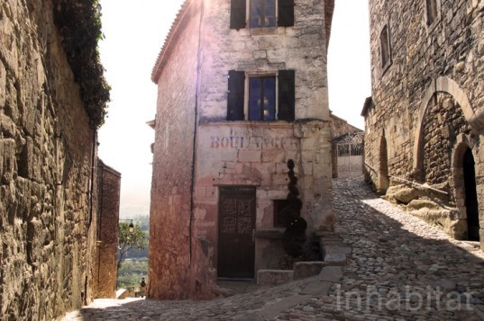 SCAD, SCAD Lacoste, marquis de sade, village restoration, french architecture, southern french architecture,