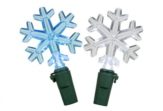 Vickermann, Snowflake LED Holiday Lights, led christmas lights, led holiday lights, led lights, light emitting diode, sustainable lighting, energy-efficient lighting, green lighting, green holidays, sustainable holidays, LED light strands, green christmas,