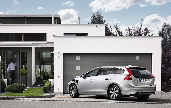 Volvo Boosts Production Of The V60 Sel Plug In Hybrid As It S Out Europe