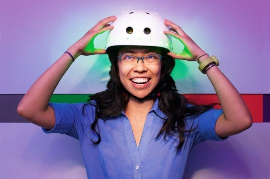 mindrider, helmet, eeg, safety, cycling, mit, arlene ducao, sustainable design, green design, mind reading helmet, green technology, cycling accessories, green fashion, sustainable style, led cycling gear