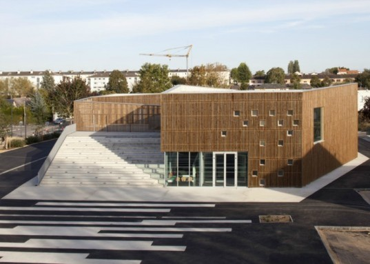 Ateliers O-S Architectes, cultural center nevers, timber cladding, natural light, community design, sustainable architecture, green deisgn