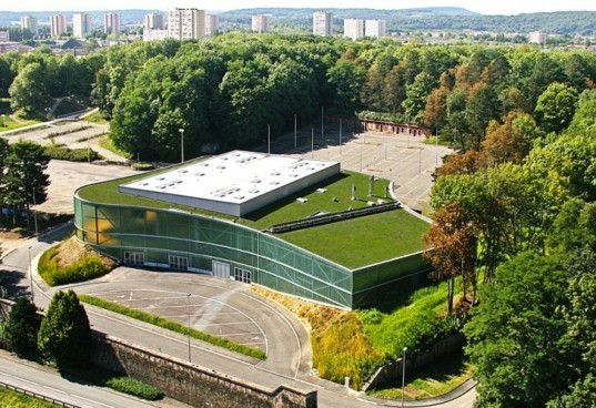 daylighting, Belfort, green roof, urban design, France, Archi5, sport center, green design, sustainable design, energy efficiency, eco-design, daylighting