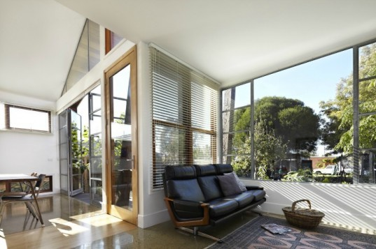 bild, split house, gordan matta-clarke, upcycling, recycled materials, renovated, sustainable architecture, green design