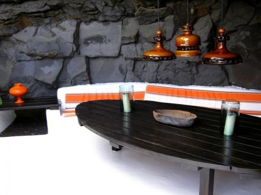green design, eco design, sustainable design, Canary Islands, Cesar Manrique, Lanzarote, udnerground homes, volcanic home, lanzarote volcano, carved volcanic rock