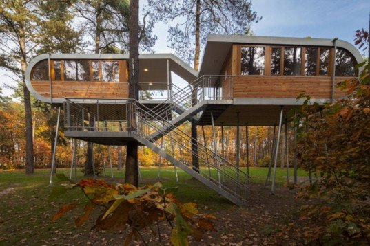 Baumraum Architects, Hechtel-Eksel Treehouse, self-sufficient treehouses, eco-friendly retreats, floating houses, German architects, energy efficient conference center