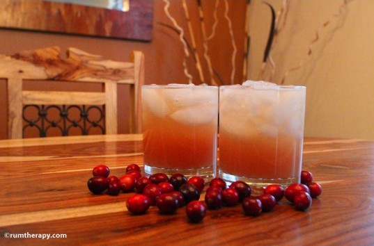 holiday cocktails, organic liquor, cocktail recipes, Christmas parties, cranberry rum punch