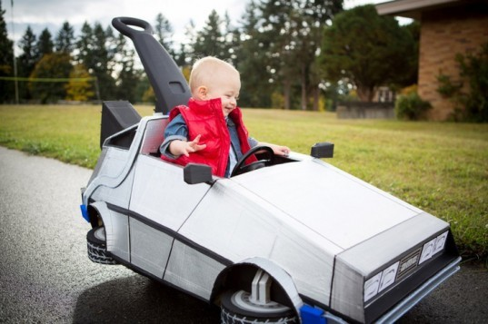 marty mcfly, delorean, back to the future, halloween costume, green costume, diy halloween costume, diy, green halloween costume contest, inhabitots, green design, sustainable design, diy back to the future costume, diy baby costume, kids halloween costume