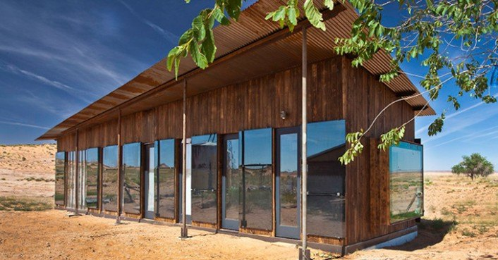 Nakai House Is A 25 000 Design Build Bluff Home Made From