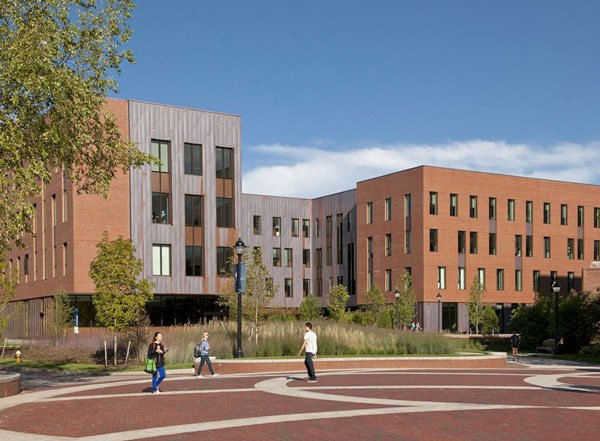 Connecticut, University of Connecticut, Storr, LEED Gold, Leers Weinzapfel Associates, Oak Hall, Laurel Hall, Green Roof, Copper, Brick, classrooms, institutional, lecture halls, daylighting