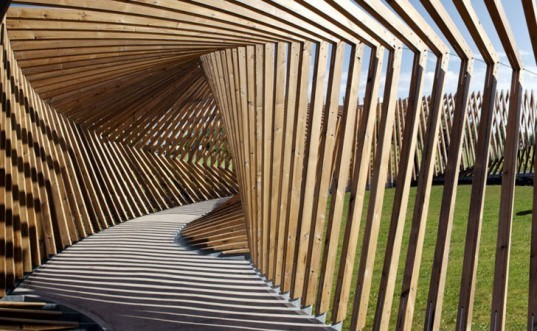 Denmark S Ekko Pavilion Records The Voices And Footsteps