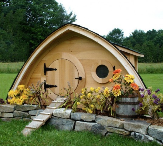 The Hobbit Hole Chicken Coops « Inhabitat