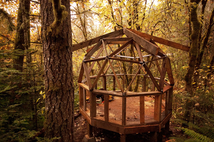 Oregon geodesic dome cabin inhabitat new york city for Cabin in the woods oregon