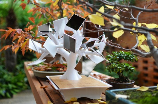 electree+, solar charger, bonsai, tree, usb, wireless, vivien muller, iphone, ipad, smartphone, tablet