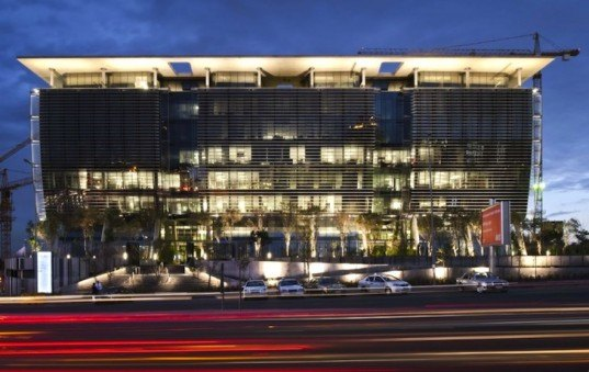 Paragon Architects, four star, green star SA, green rating tool, johannesburg, south africa, green design, sustainable design, eco-design, daylighting, solar orientation, xeriscaping, energy efficiency, living trees, passive design, grey water recycling, sustainable design, green design, eco-design