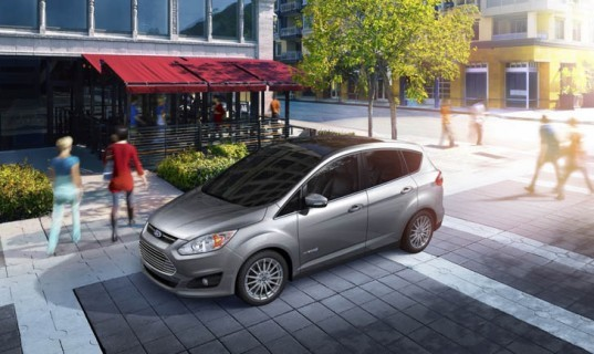 Ford, Ford C-MAX, Ford C-MAX Energi, CES, Ford hybrid, Ford plug-in hybrid, green car, green transportation, Toyota Prius, lithium-ion battery, green transportation
