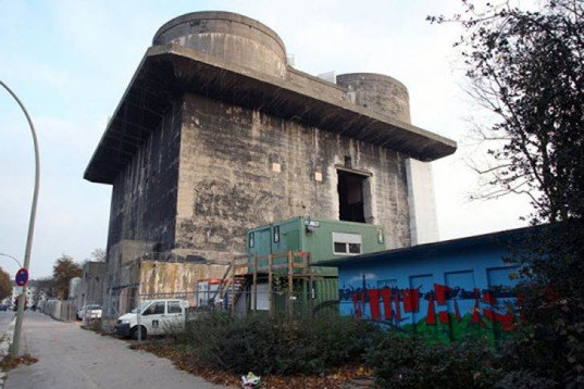 Architecture, energy efficiency, Green renovation, global warming, 12-21-12 Apocalypse, recycled buildings, bunker, Bunker 42, Angebauter Tarnrucksack, Energy Bunker, Survival Condo, vivos, Concrete Mushrooms, doomsday, world's end
