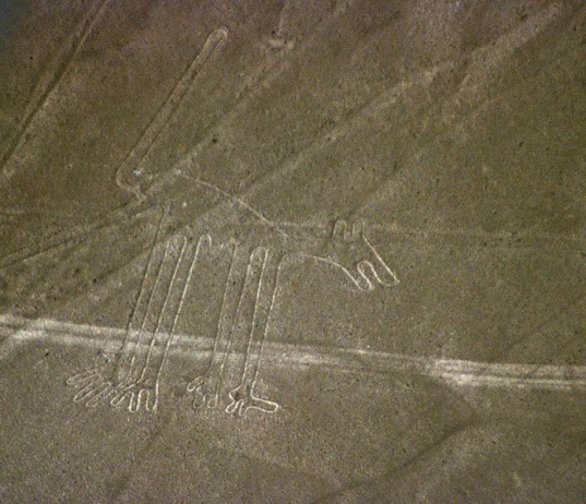 Nazca geoglyphs, Peru desert drawings, earth labyrinths, scientific reaserch, archaeological study, Ancient Nasca Peru, ancient art, Clive Ruggles archaeologist, Nicholas Saunders archaeologist, University of Leicester, ancient carvings