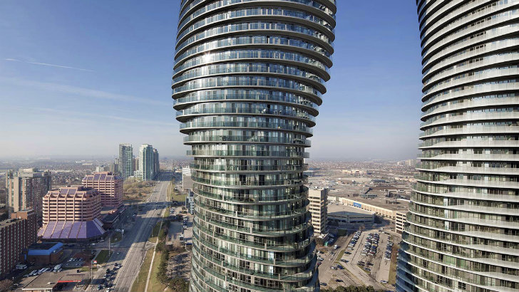 MAD Architect's Curvaceous Absolute Towers Are Now Complete in Canada