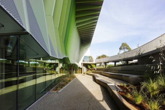 Knox Innovation Opportunity and Sustainability Centre, Woods Bagot, KIOSC, melbourne, eco school, eco university, sustainable education