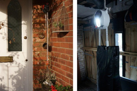 GravityLight, Martin Riddiford, Jim Reeves, Therefore.com, LED, kerosene, solar-powered, gravity, natural forces, developing countries, Green Lighting, social design, Renewable Energy, energy efficiency, Green Resources, humanitarian design,