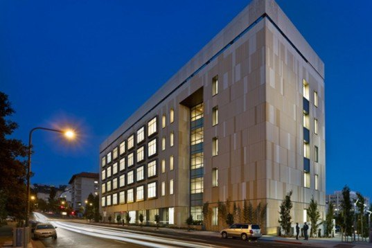 University of California, Berkeley, SmithGroupJRR, Energy Bioscience Building, biofuels research building, California, Sustainable, LEED Gold, Rudolph & Sletten, daylighting
