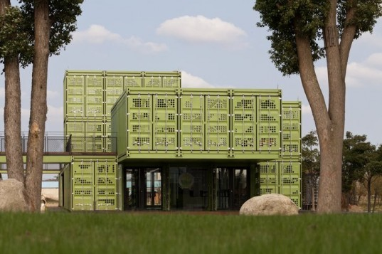 Tonys Farm, Playze, organic farm, shanghai, cargotecture, shipping containers, sustainable farming,