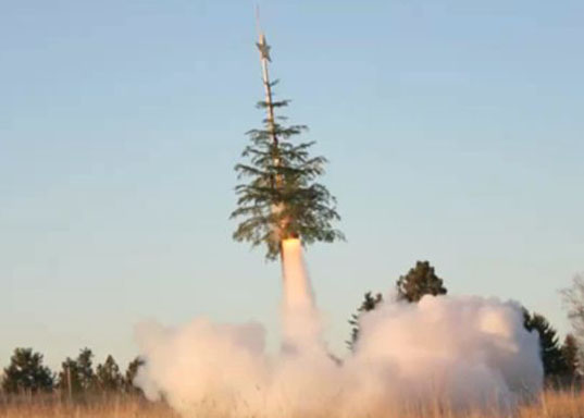 XMS MissileToe, Christmas tree reuse, Christmas tree recycling, rocket-powered Christmas tree, Christmas Tree Rocketry, holiday recycling, Christmas holidays