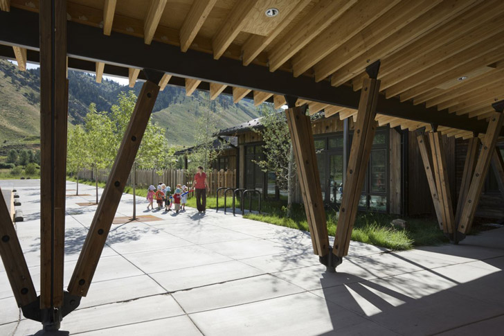 teton county children s learning center by ward blake architects inhabitat green design. Black Bedroom Furniture Sets. Home Design Ideas