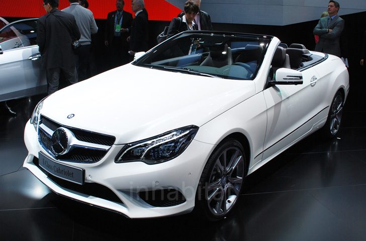 Naias 2013 mercedes benz debuts new hybrid version of for Mercedes benz hornsby