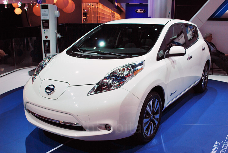 NAIAS 2013: We Check Out Nissanu0027s New Quick Charging 2013 Leaf EV
