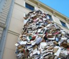 Hundreds of Discarded Books Spew From the Windows of the Hague's Meermanno Museum