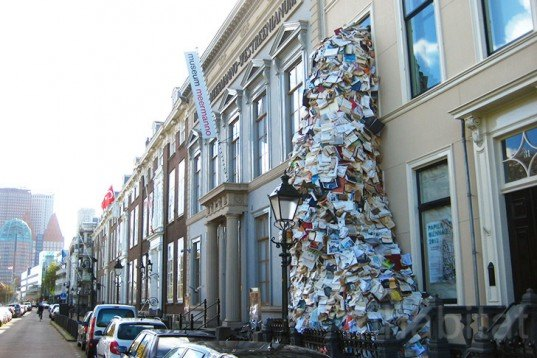 Alicia Martín, Ana Lisa Alperovich, books, recycled books, books cascade, books vomit, Paper Biennale, The Hague, Meermanno Museum, books sculpture, Art, Recycled Materials