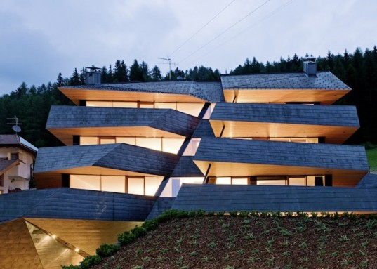 Larch, copper, pre-oxidized copper, vernacular, planning regulations, mountain homes, luxurious mountain getaway, Italy, Dolomite Mountains, Dolomitenblick, PLASMA Studio, green design, sustainable design, eco-design, daylighting, solar gain