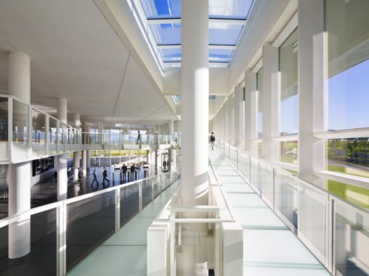 Italcementi i.Lab, Richard Meier and Partners, self cleaning concrete, italy, pollution busting concrete, air quality, leed platinum