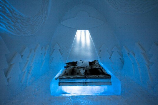 pinpin studio, beam me up, icehotel, ice hotel, jukkasjarvi, sweden, sustainable design, green design, green building, sustainable architecture, ice architecture, winter, ice castle, snow building